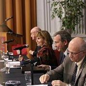 Table ronde animée par les juges Frank Iacobucci, John Major, Dennis O'Connor et la Doyenne Nathalie Des Rosiers pour la conférence Arar + 10 (Oct 2014).